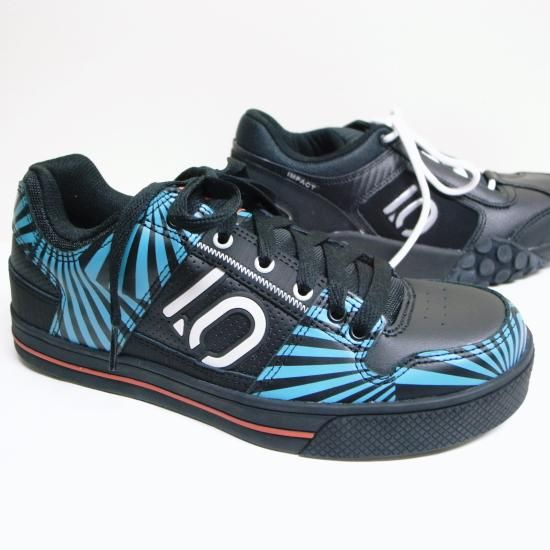 FIVE TEN FREERIDER ZEBRA BLUE & IMPACT 2