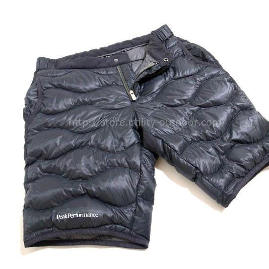 PEAK PERFORMANCE Helium Shorts
