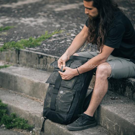 backpack-cobra-buckle-12_small