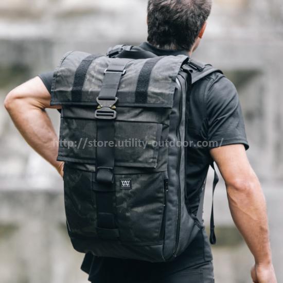 backpack-cobra-buckle-1_small
